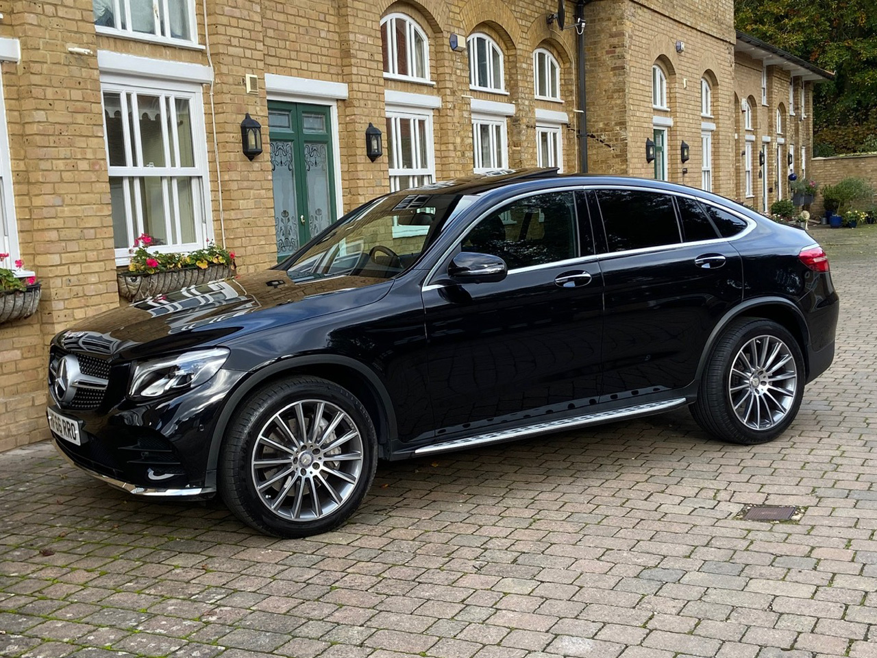 Mercedes GLC250d AMG Line Coupe full